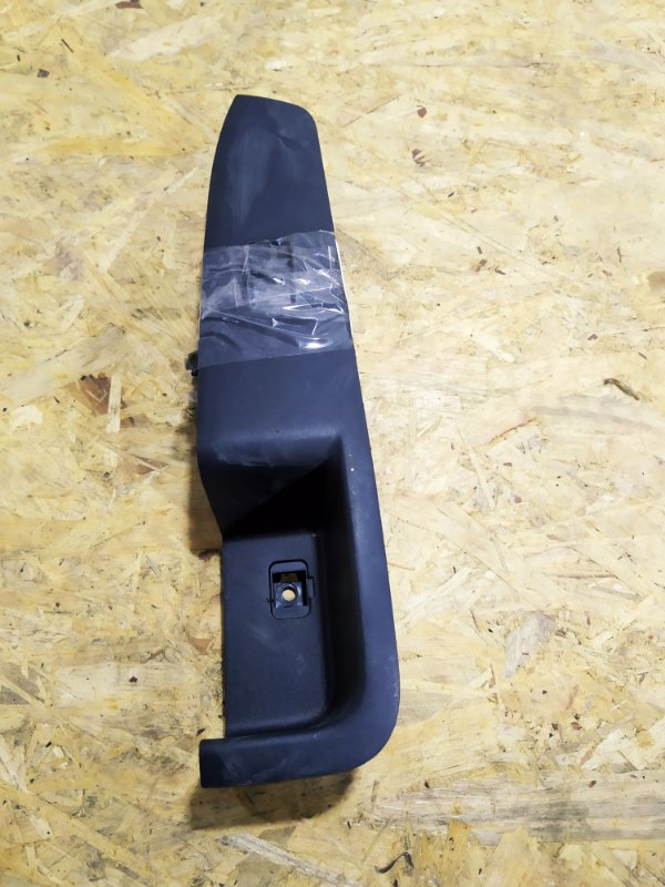 Кнопка стеклоподъемника Mitsubishi Outlander Xl CW5W 4B12 передняя левая