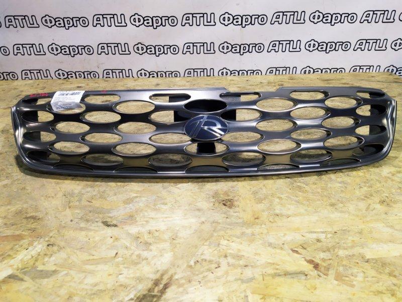 Решетка радиатора Nissan Rnessa N30 SR20DE