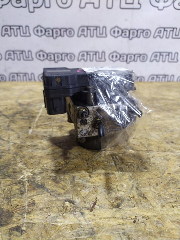 Блок abs Mazda Capella GW8W FP-DE