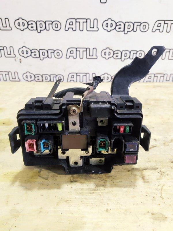 Блок реле и предохранителей Honda Mobilio Spike GK1 L15A