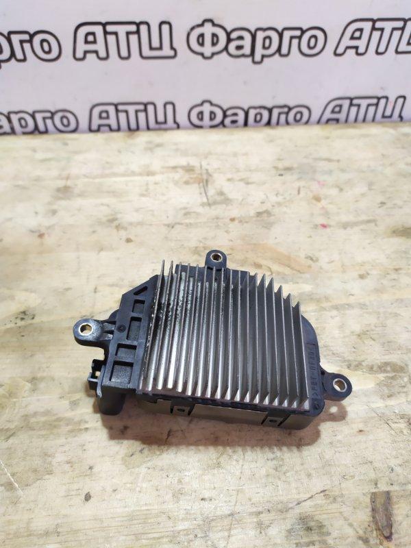 Блок управления вентилятором охлаждения Toyota Estima MCR30W 1MZ-FE