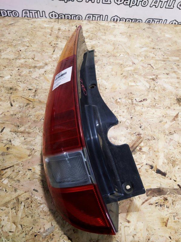 Фонарь стоп-сигнала Nissan Tino V10 QG18DE задний левый