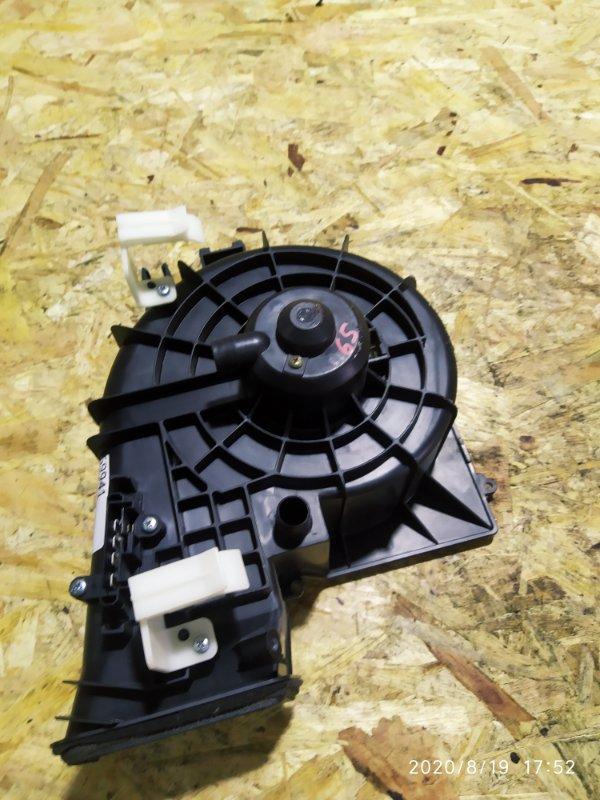Вентилятор печки Nissan Tino V10 QG18DE