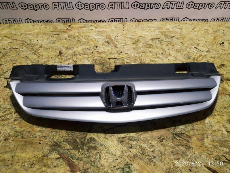 Решетка радиатора Honda Civic Ferio ES1 D15B
