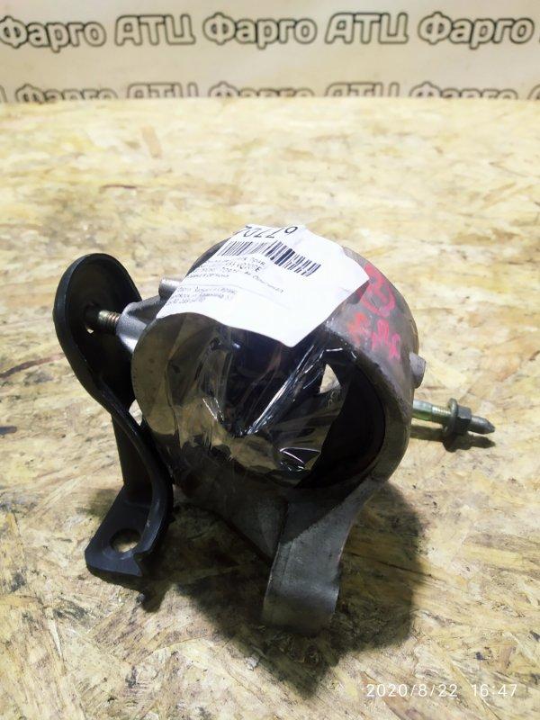 Подушка двигателя Nissan Cefiro A33 VQ20DE правая
