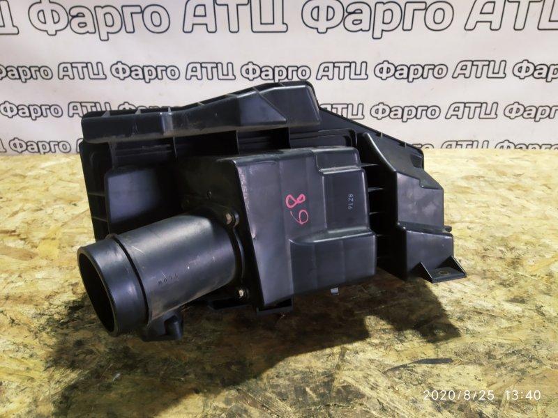 Корпус воздушного фильтра Nissan Cefiro A33 VQ20DE