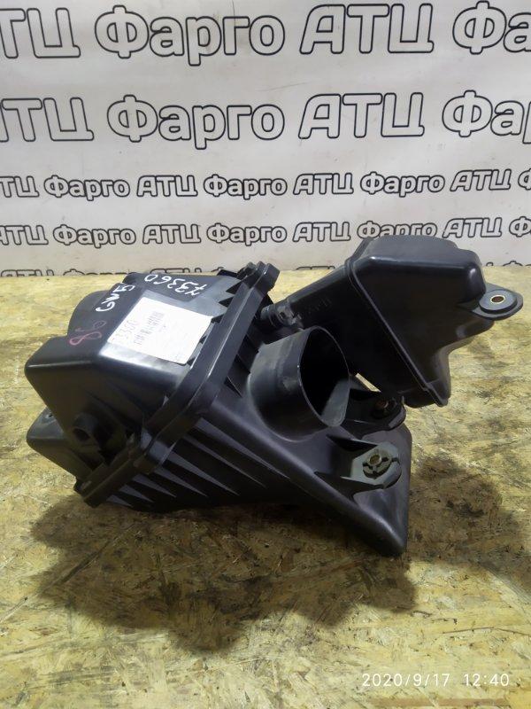 Корпус воздушного фильтра Mazda Capella GW5R KL-ZE