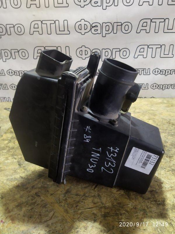 Корпус воздушного фильтра Nissan Presage TNU30 QR25DE