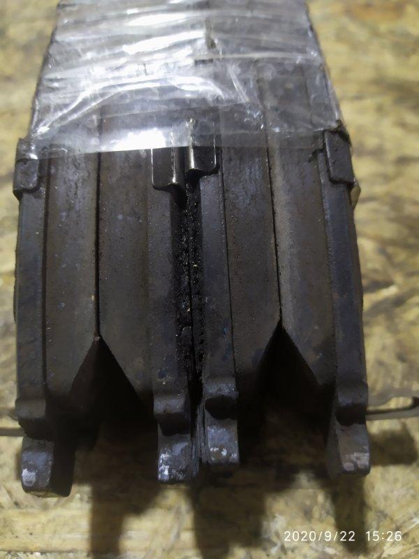 Колодки тормозные Nissan Presage TNU30 QR25DE передние