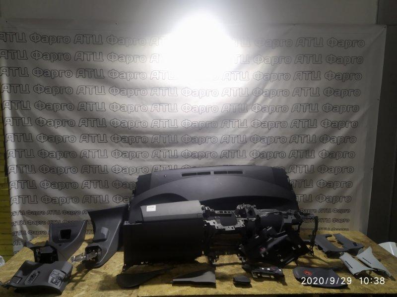 Панель передняя в салон Toyota Prius ZVW30 2ZR-FXE