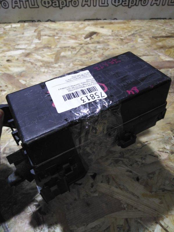 Блок реле и предохранителей Nissan Presage TNU30 QR25DE