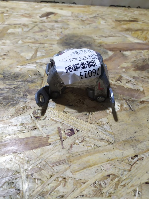 Петля двери Nissan Bluebird QU14 QG18DD задняя левая