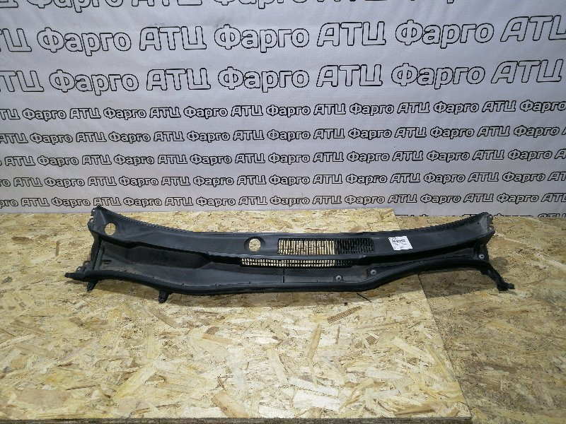 Решетка под лобовое стекло Lexus Is250 GSE20 4GR-FSE