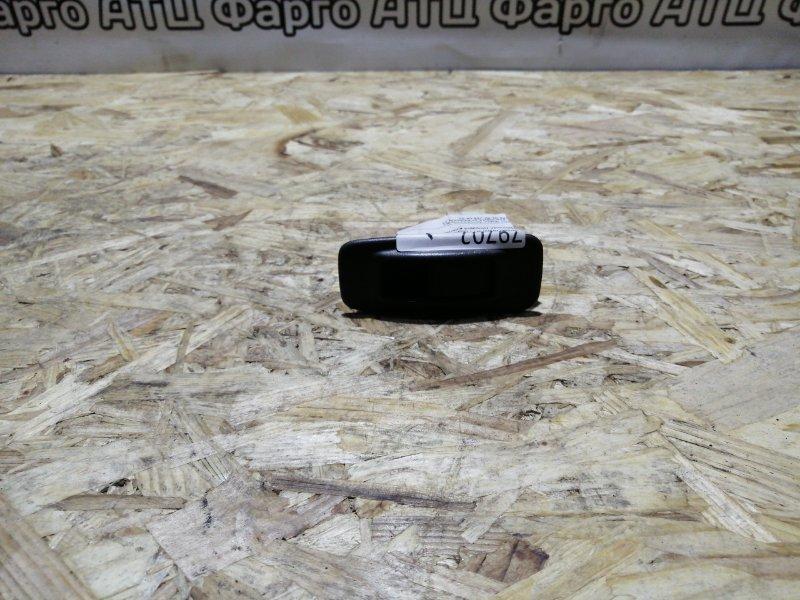 Кнопка стеклоподъемника Nissan Avenir W11 QG18DE задняя правая
