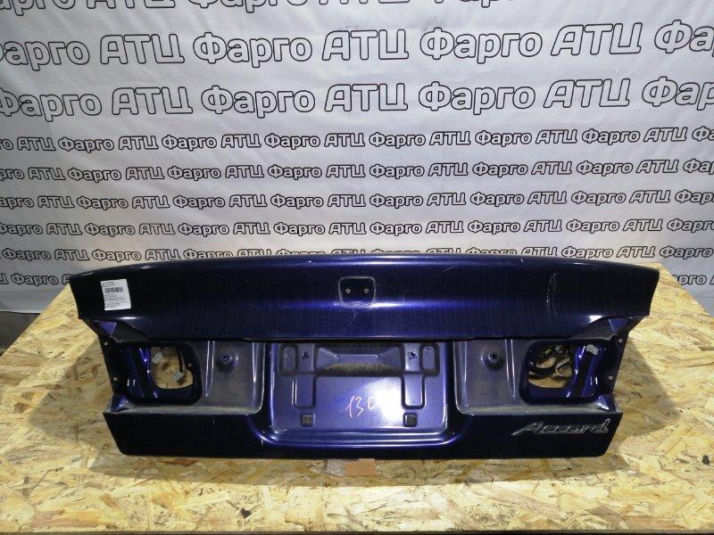 Крышка багажника Honda Accord CF4 F20B задняя