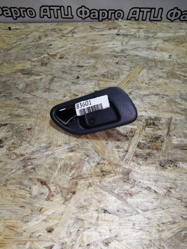 Ручка внутренняя Honda Inspire UA4 J25A задняя правая