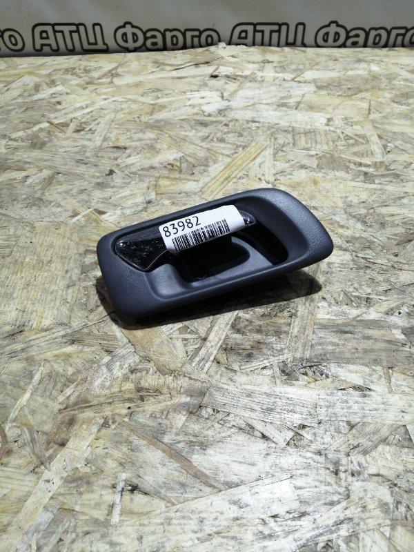 Ручка внутренняя Honda Torneo CF4 F20B задняя правая
