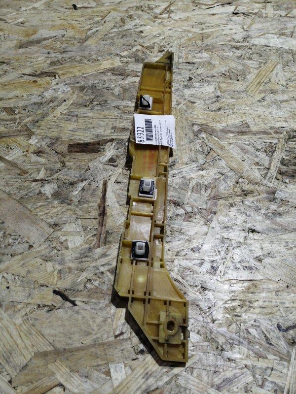 Клипса бампера Honda Odyssey RA6 F23A задняя правая
