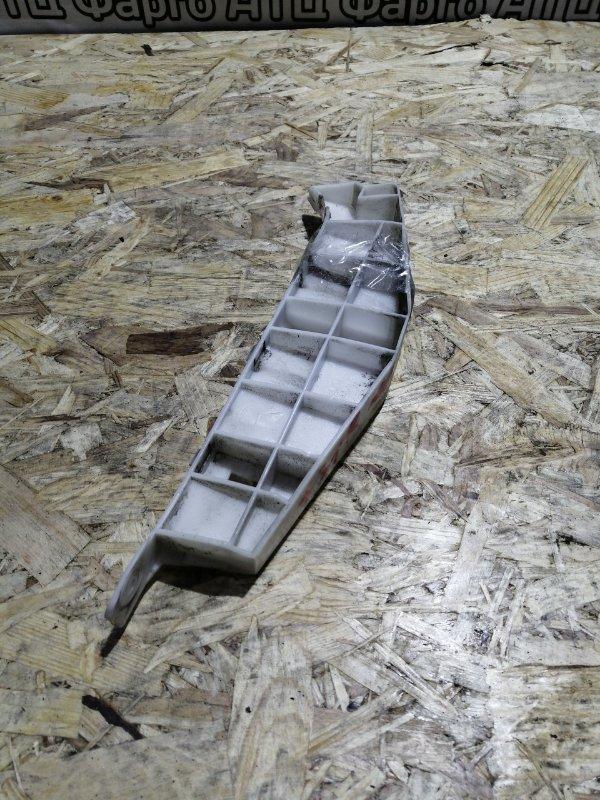 Клипса бампера Honda Avancier TA1 F23A передняя правая