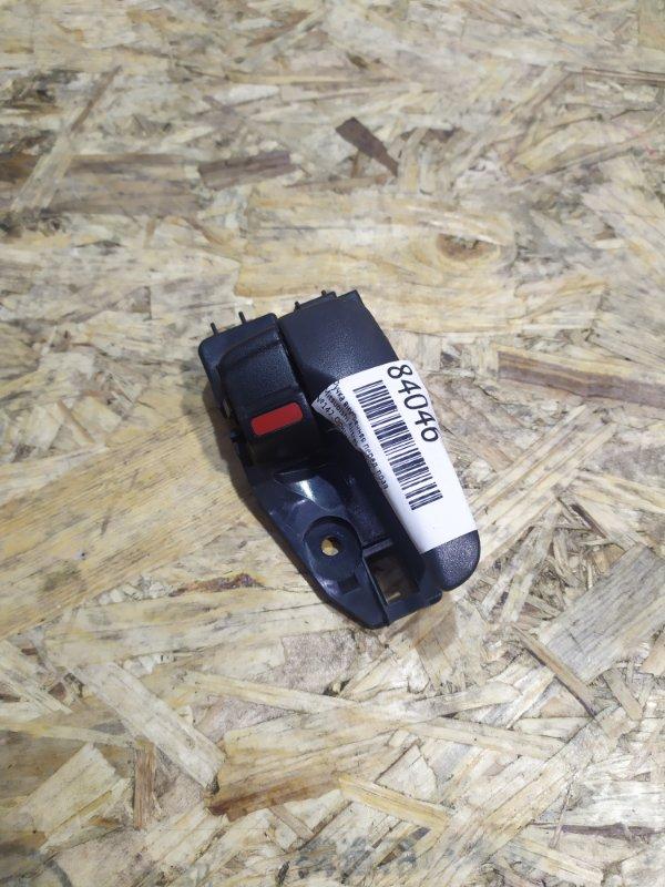Ручка внутренняя Mitsubishi Airtrek CU4W 4G64 передняя правая