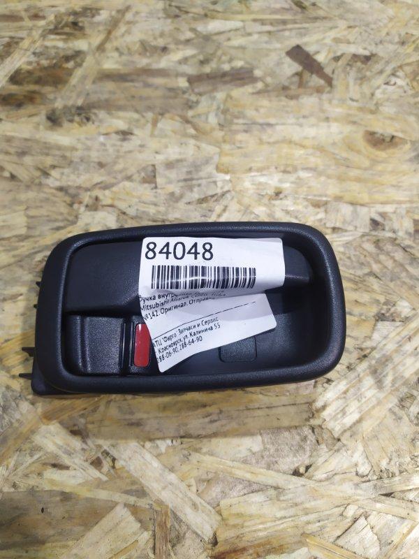Ручка внутренняя Mitsubishi Airtrek CU4W 4G64 задняя правая