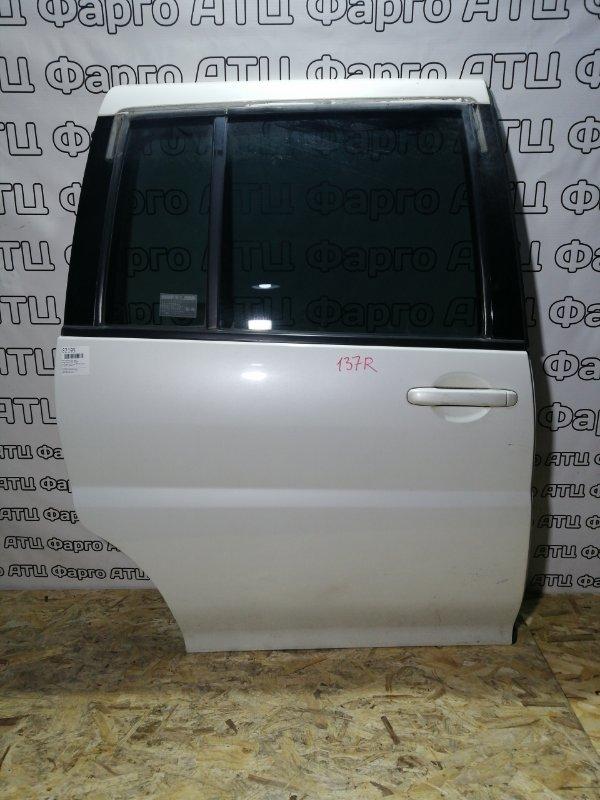 Дверь боковая Nissan Liberty PM12 SR20DE задняя правая