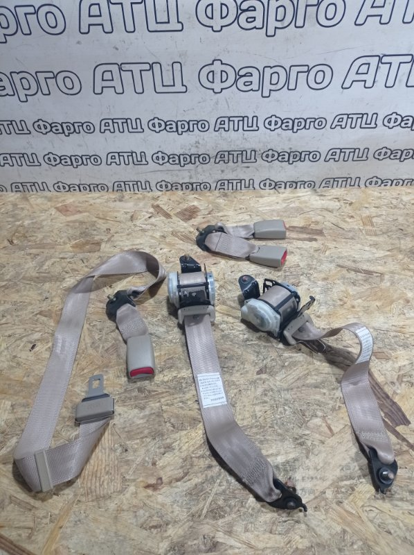 Ремень безопасности Honda Civic Ferio ES1 D15B задний