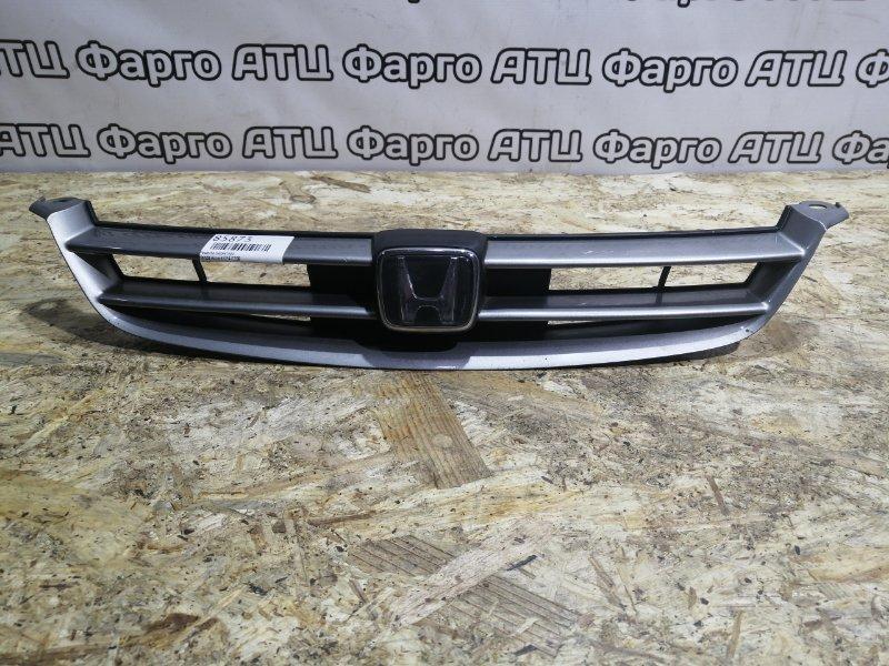 Решетка радиатора Honda Accord CF4 F20B