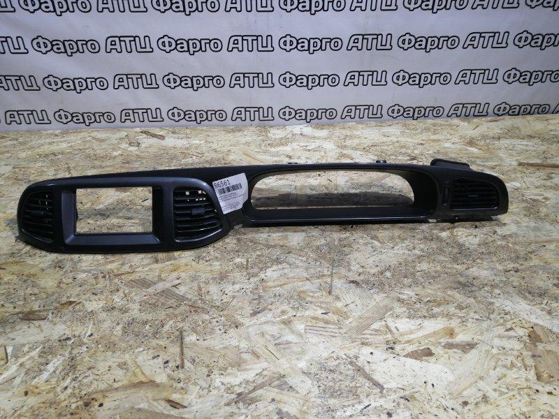 Консоли панели приборов Nissan Liberty PM12 SR20DE
