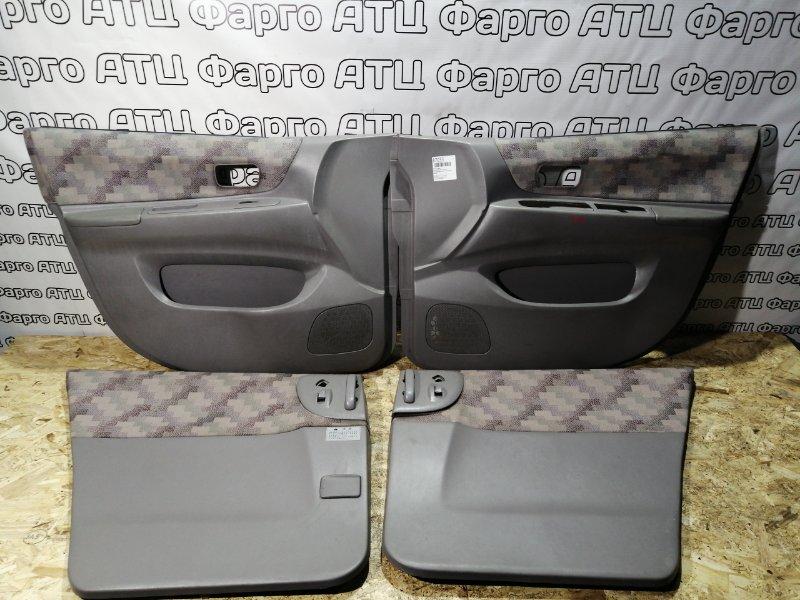 Обшивка двери Nissan Liberty PM12 SR20DE
