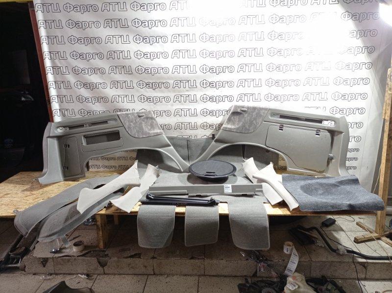 Обшивка багажника Nissan Rnessa N30 SR20DE задняя