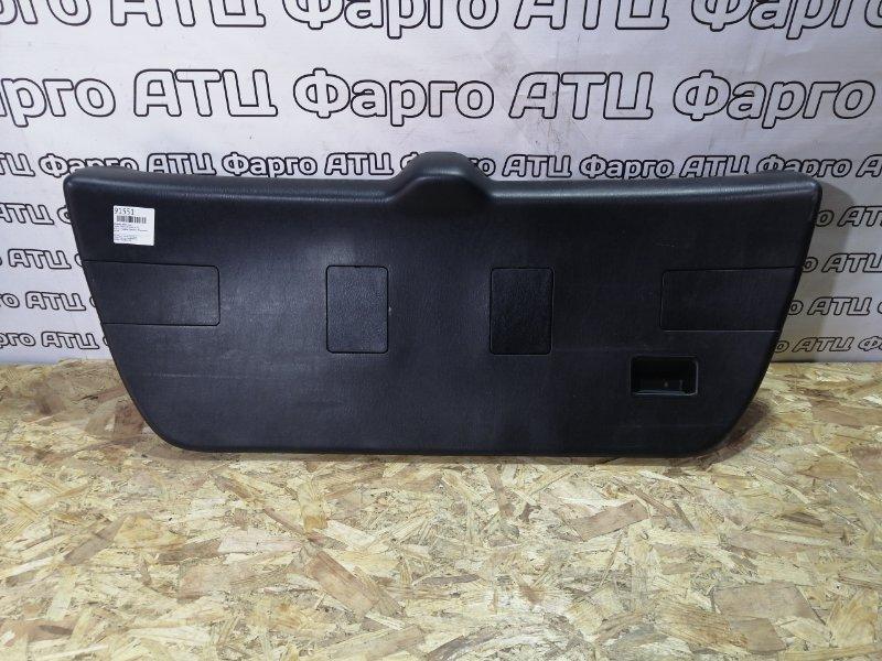 Обшивка двери Toyota Caldina ST210G 3S-FE задняя