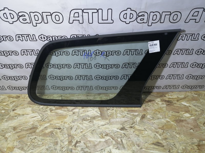Стекло собачника Honda Orthia EL1 B18B заднее правое
