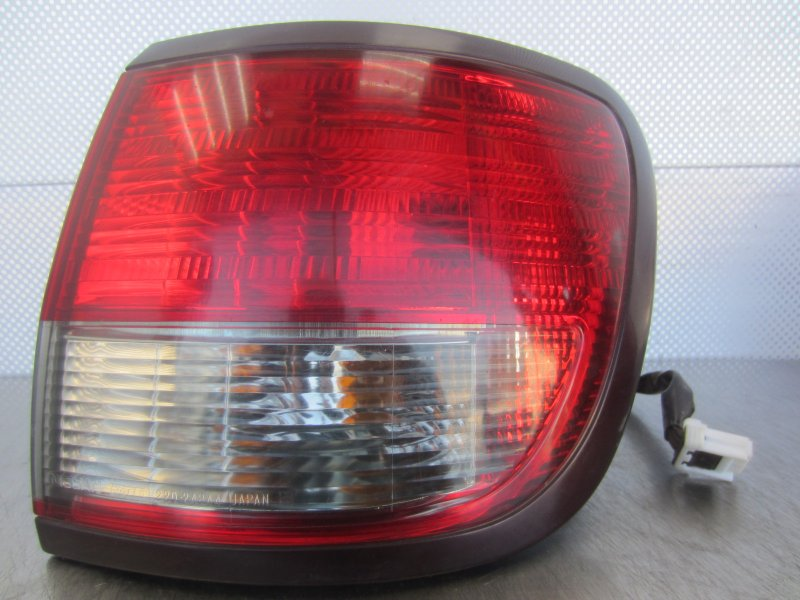 Фонарь Nissan Avenir 11 W11 2003 задний правый