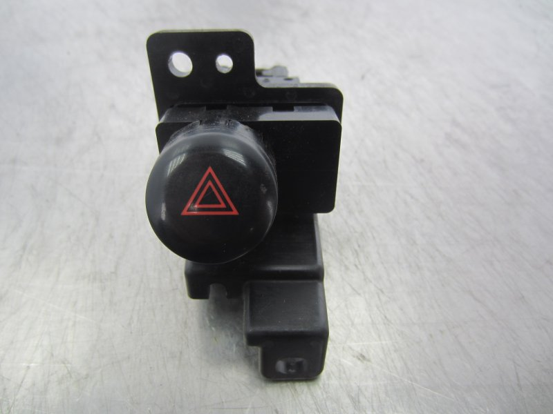 Кнопка аварийная Nissan Avenir 11 W11 2003