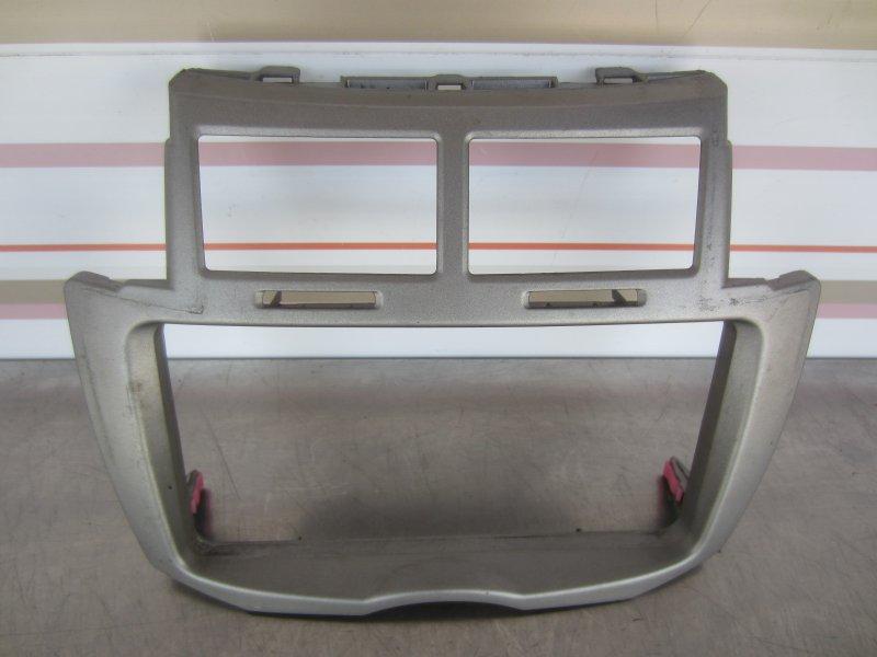 Рамка центральной консоли Toyota Vitz Scp90 SCP90 1KR 2005