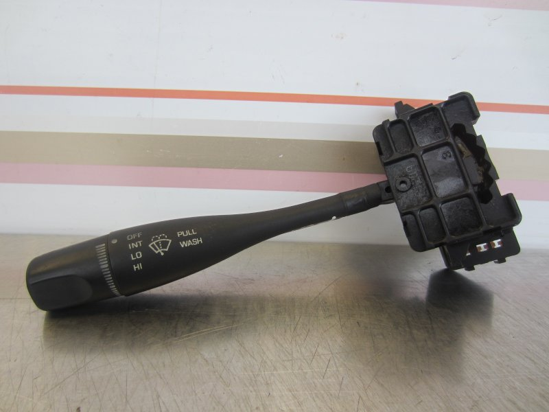 Подрулевой переключатель стеклоочистителей Nissan Pulsar N15 EN15 GA16