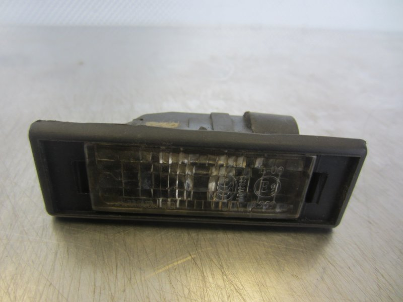 Фонарь подсветки номера Geely Mk СЕДАН MR479QA 2011