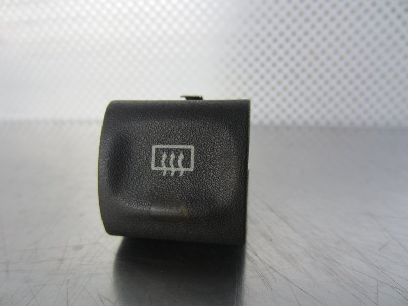 Кнопка обогрева заднего стекла Opel Vectra B CARAVAN X16XEL 1998