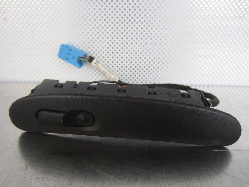 Кнопка стеклоподъёмника Opel Vectra B CARAVAN X16XEL 1998 правая