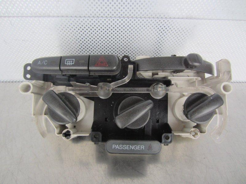 Блок управления печкой Toyota Vitz Scp10 SCP10 1SZ-FE 2001