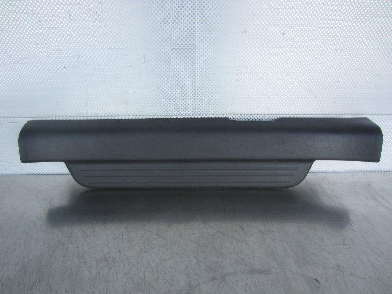 Порог внутренний декоративный пластиковый Toyota Vitz Scp10 SCP10 1SZ-FE 2001 передний левый