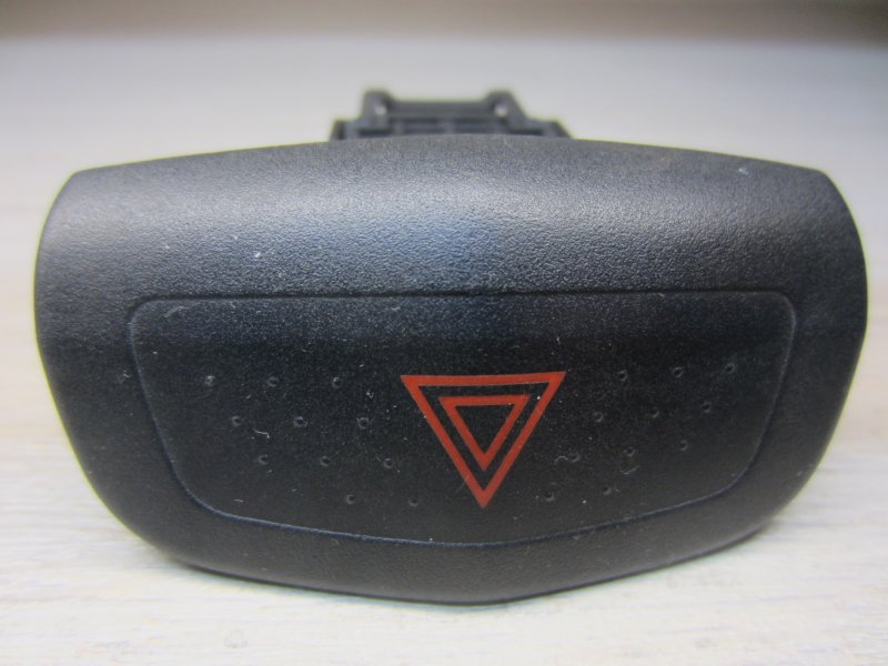 Кнопка аварийная Nissan Primera P12 P12