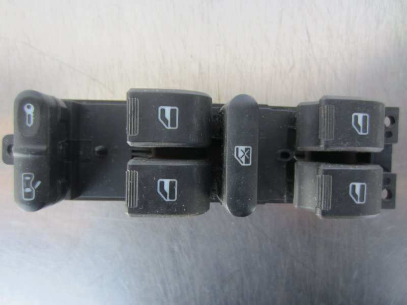 Блок управления стеклоподъемниками Chery A13 A13 2012