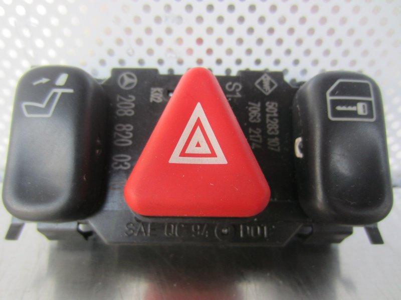 Кнопка аварийная Mercedes-Benz W210 W210