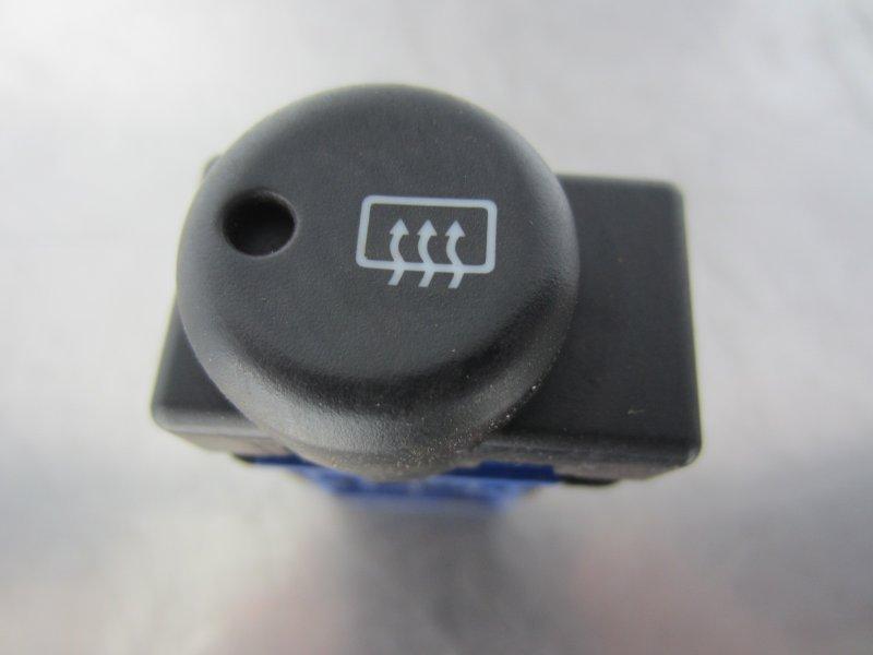 Кнопка обогрева заднего стекла Nissan Expert 2000