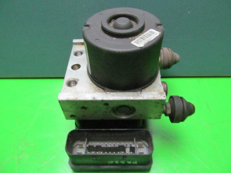 Блок abs Toyota Passo Kgc10 1KR-FE 2004