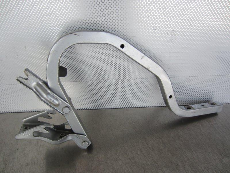 Кронштейн крышки багажника Hyundai Accent 2007 задний