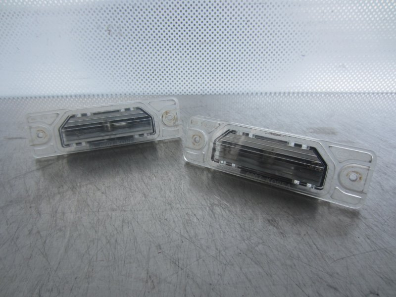 Фонарь подсветки номера Renault Koleos 2TR 2008