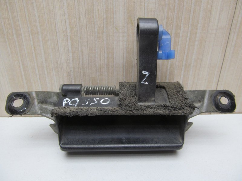 Ручка открывания багажника Toyota Passo Kgc10 KGC10 2004